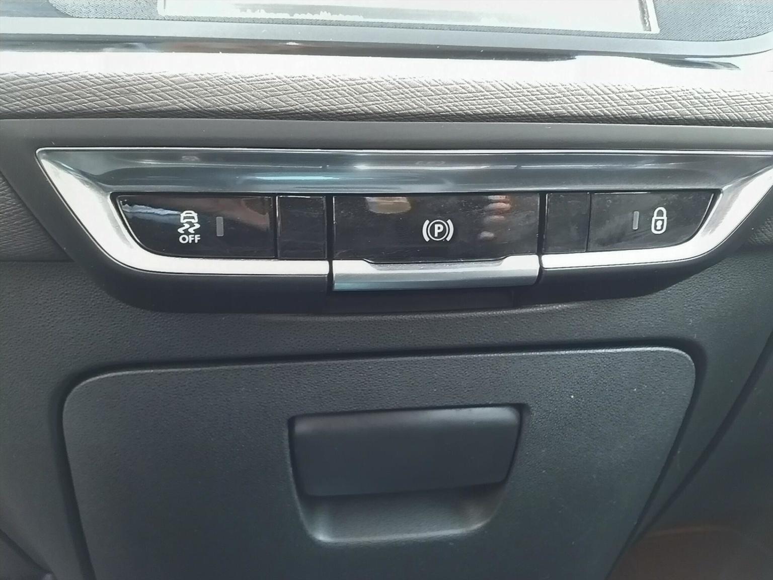 Citroën-Grand C4 Picasso-19