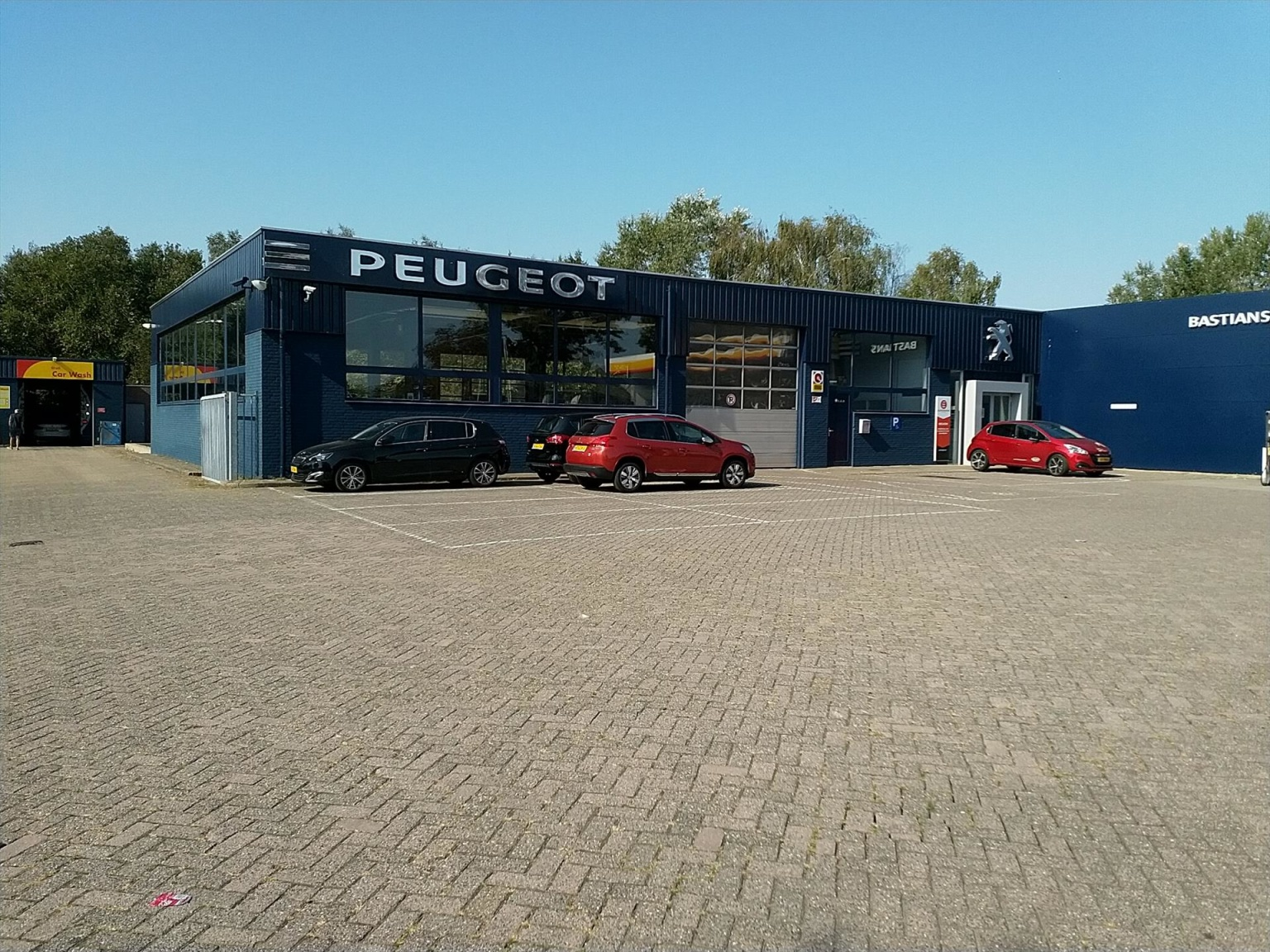 Peugeot-208-17